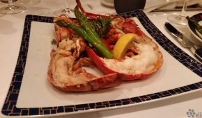 Cagney's | Steamed Whole cold water Lobster 1.5 lbs