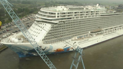 Meyerwerft Float Out Webcam Archive